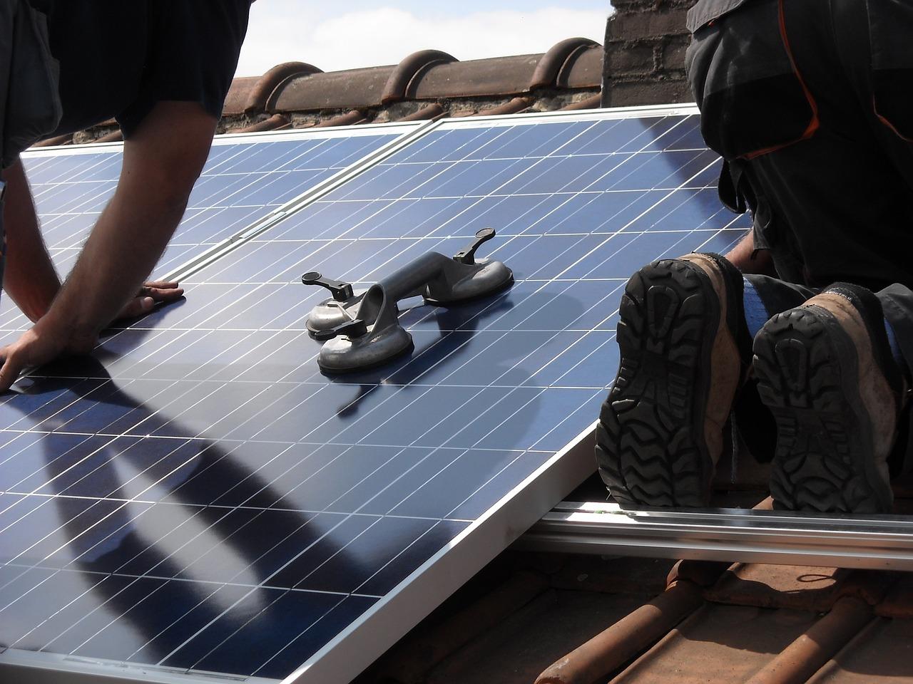 Installateur panneaux photovoltaiques  à Ézanville